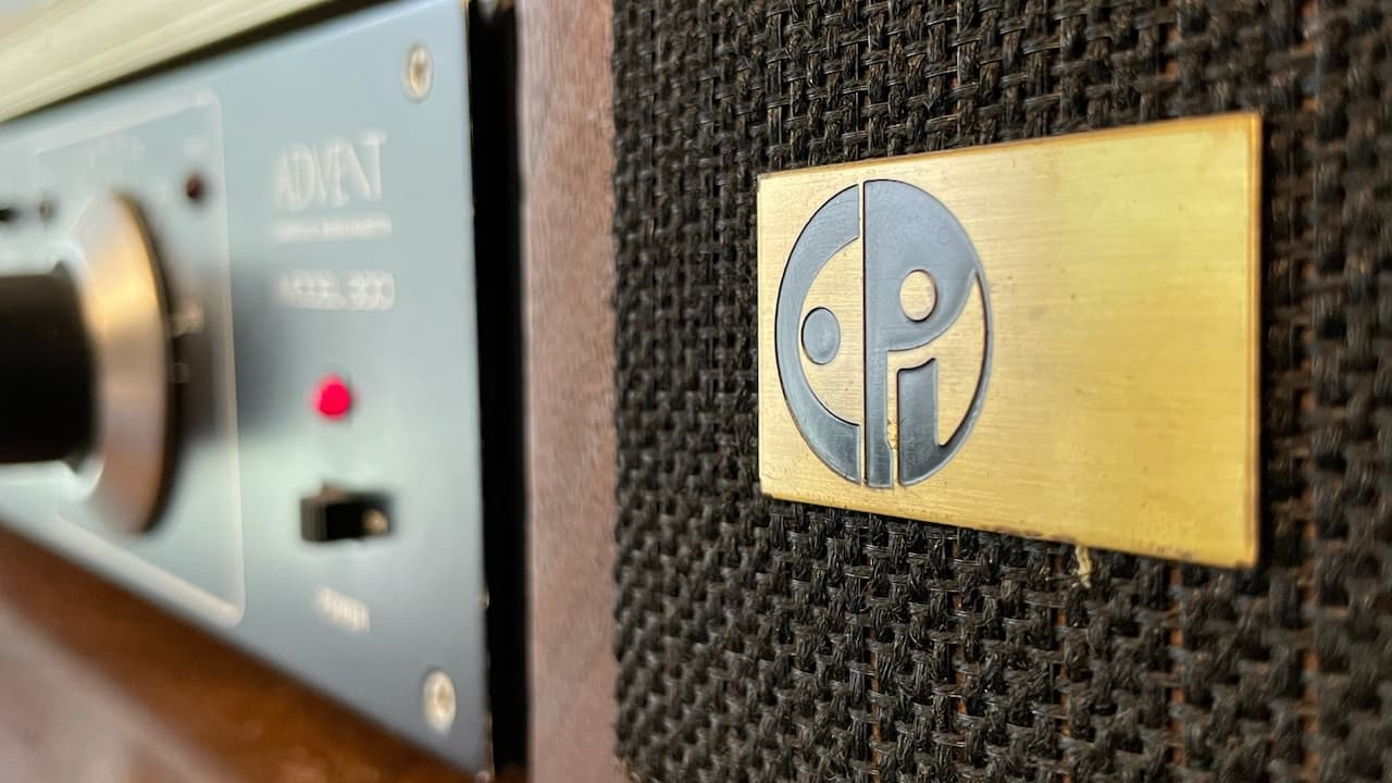 Vintag Audio Speaker System