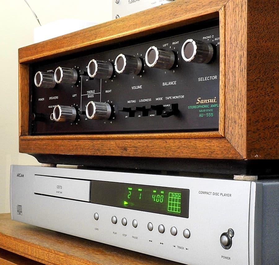 Sansui AU-555 Stereophonic Amplifier