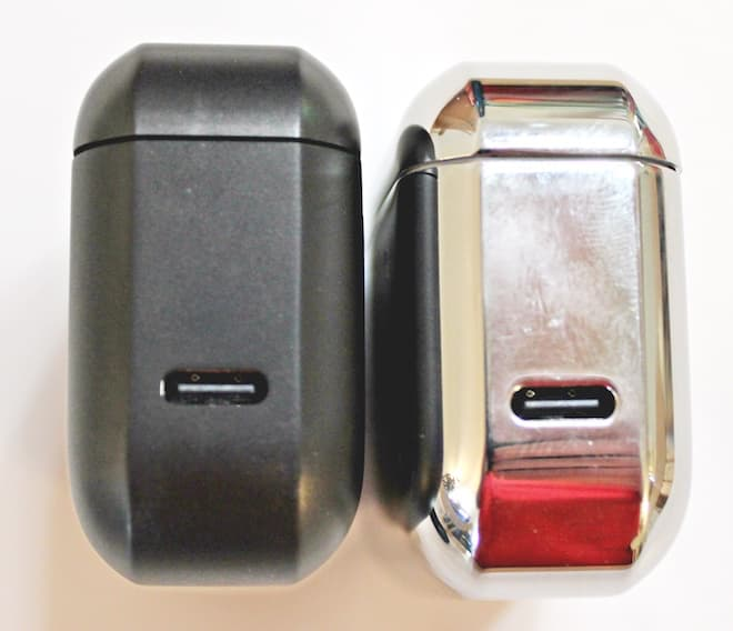 Master & Dynamic MW08 Wireless ANC Earphones Charging Case input
