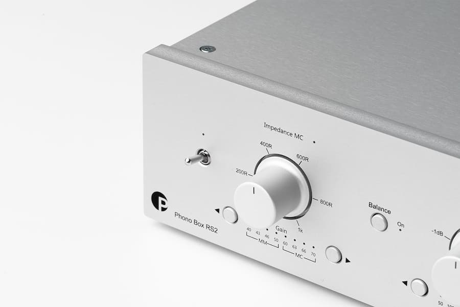 Pro-Ject Phono Box RS2 Preamplifier left side
