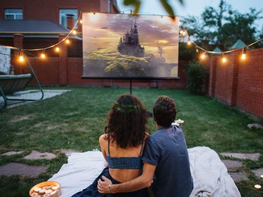 Benq Daytime Backyard Movie Theater