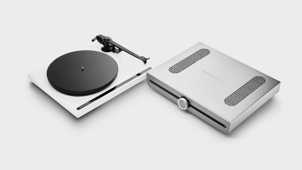 Roksan Attessa Turntable and Integrated Amplifier