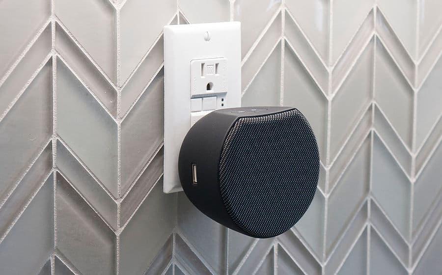 OC Acoustic Plug-in Bluetooth Speaker Black Kitchen