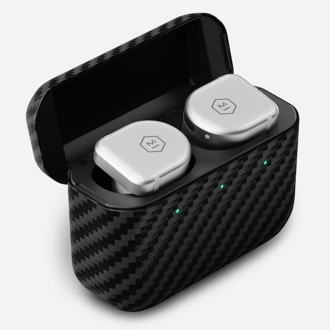 Master & Dynamic MW08 Sport Wireless Earphone White in Case