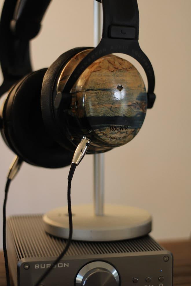 Kennerton Rognir Headphones on stand
