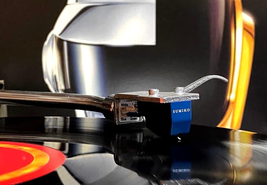 Sumiko Blue Point No. 3 MC cartridge on record