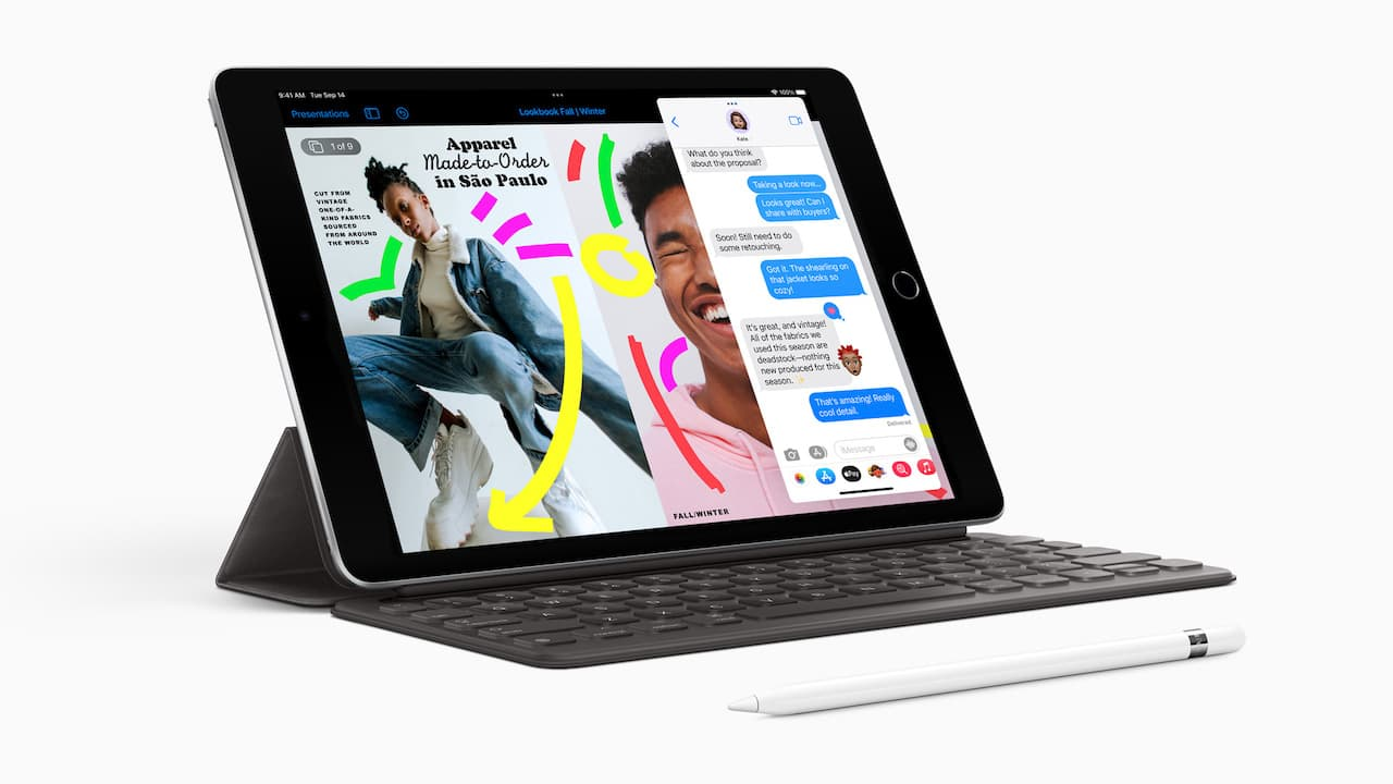Apple iPad 10.2-inch 9th generation (2021 model) with Smart Keyboard and Apple Pencil (1st generation)