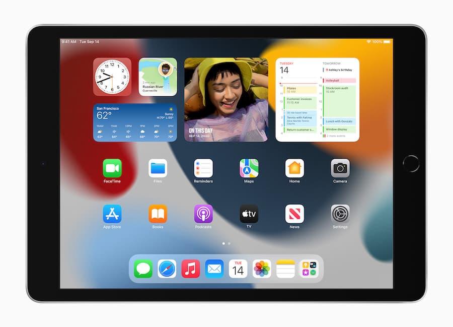 Apple iPad 10.2-inch 9th generation 2021 home screen