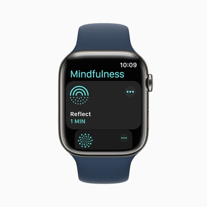 Apple Watch Series 7 Front Mindfulness App