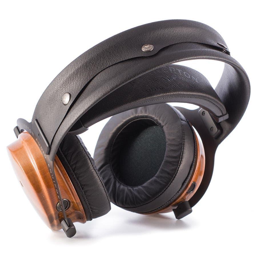 Kennerton Rognir Headphones in Silky Walnut Wood Finish