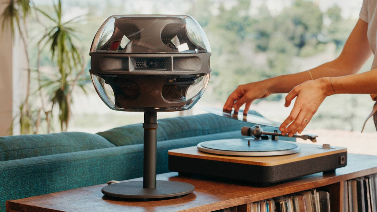Syng Cell Alpha Tabletop Speaker with Turntable