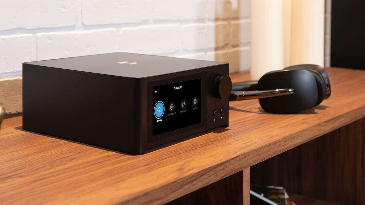 NAD C 700 BluOS Streaming Amplifier