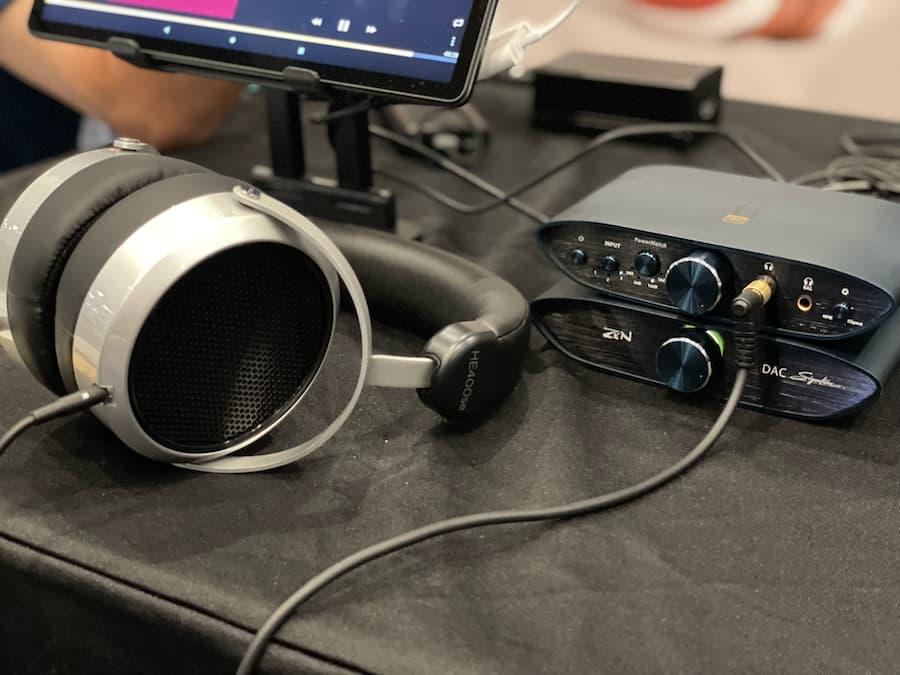 HiFiMAN HE400se Headphones with iFi Signature at CanJam SoCal 2021