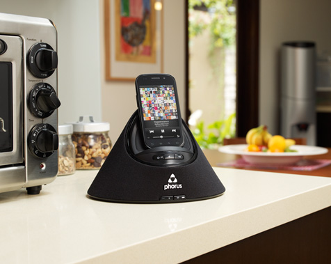 play-fi-speaker-kitchen.jpg