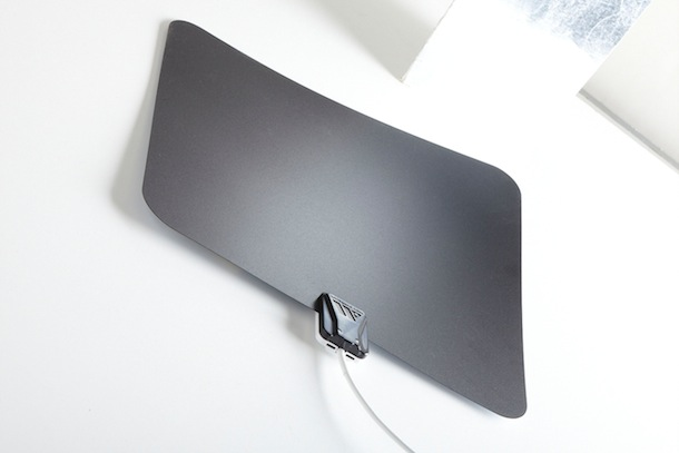 Winegard FlatWave Amped HDTV Antenna