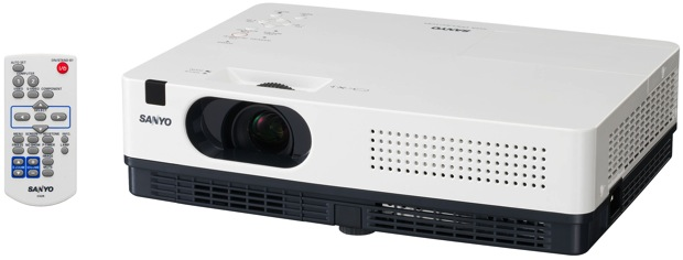 SANYO FISHER COMPANY INTRODUCES ULTRA PORTABLE PROJECTORS