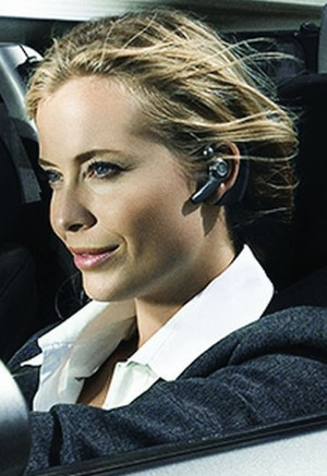 NEW BLUETOOTH (R) HEADSET FOR PROFESSIONALS ON THE GO