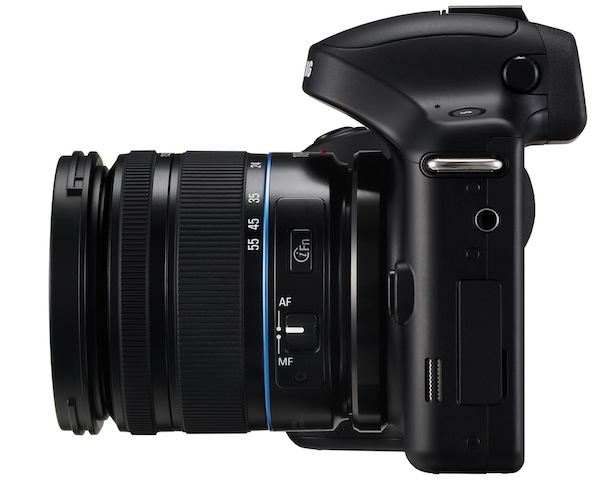 SAMSUNG GALAXY NX - side