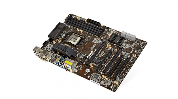 PCF283.w_group.asrock_extreme3-610-90.jpg