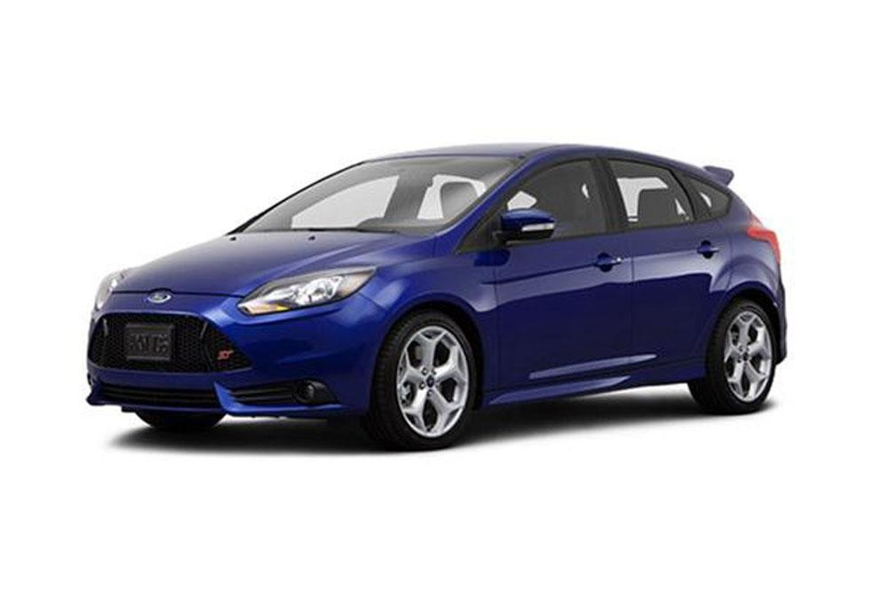 2014 ford focus st review digital trends reviews car interior design. Cars Review. Best American Auto & Cars Review
