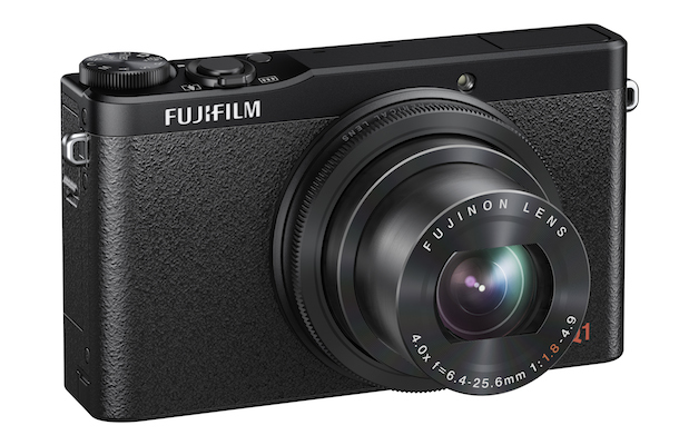 FujiFilm XQ1 Digital Camera