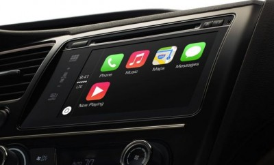 Apple-CarPlay-in-the-car-712-80.jpg